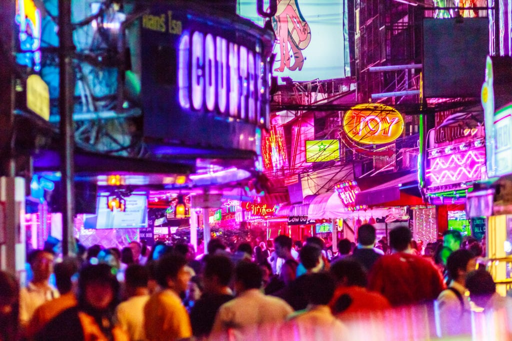 Ulica Soi Cowboy w Bangkoku, Tajlandia