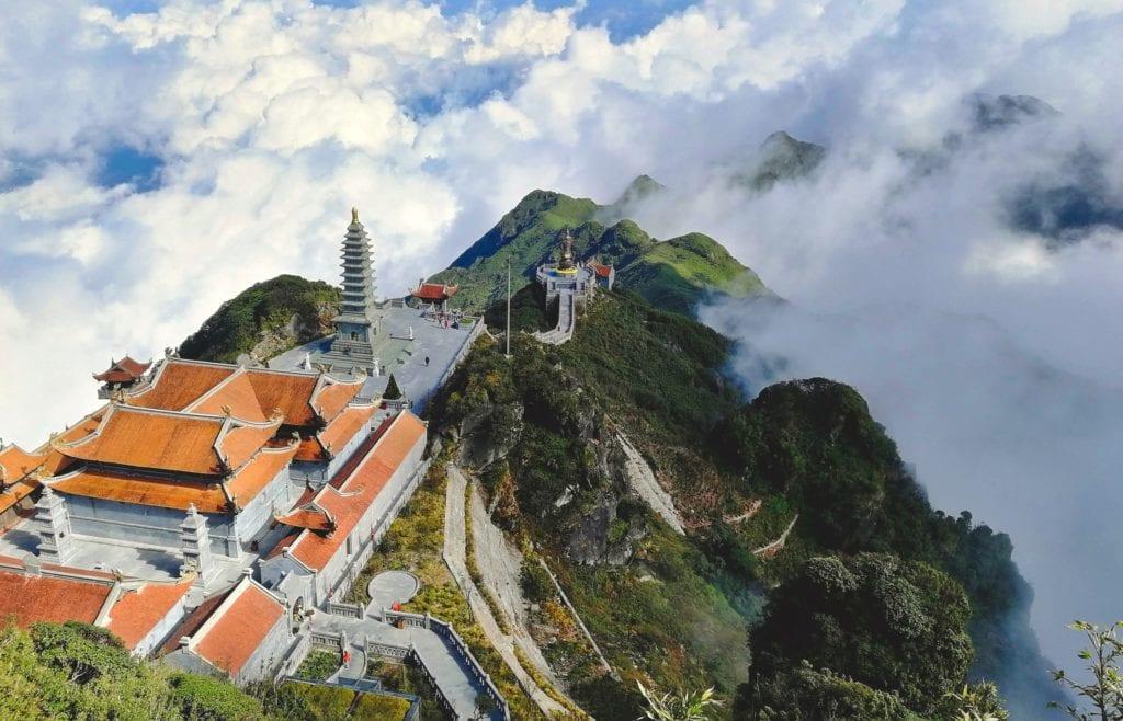 Świątynia na szczycie Fansipan, Wietnam