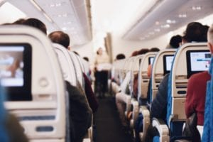 Co można zabrać do samolotu