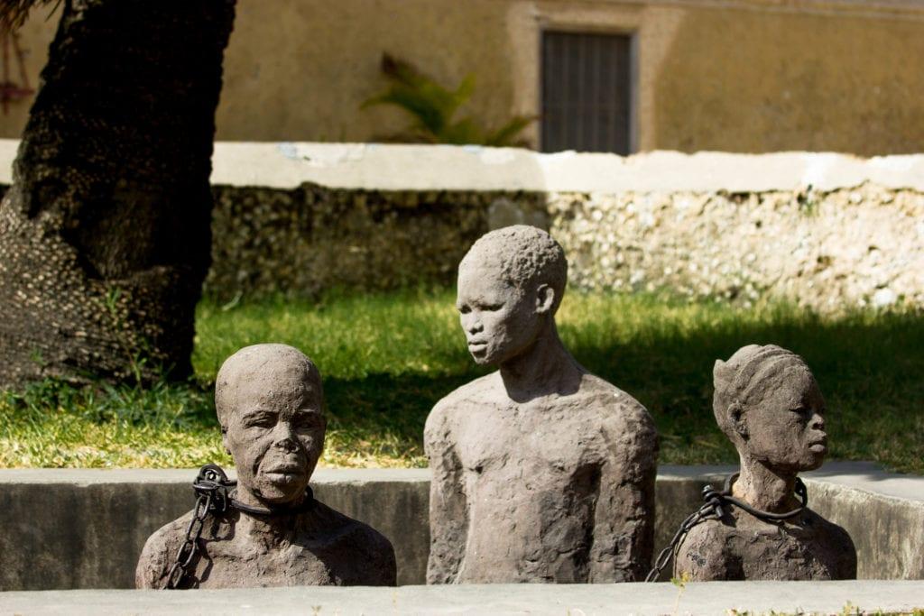 Rzeźba upamiętniająca niewolników, Zanzibar