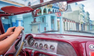 Stare amerykańskie samochody na Kubie,