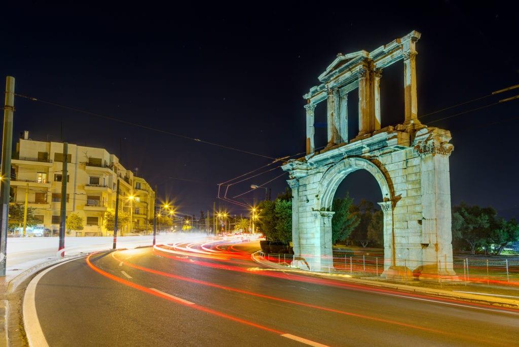 Łuk Hadriana, Ateny