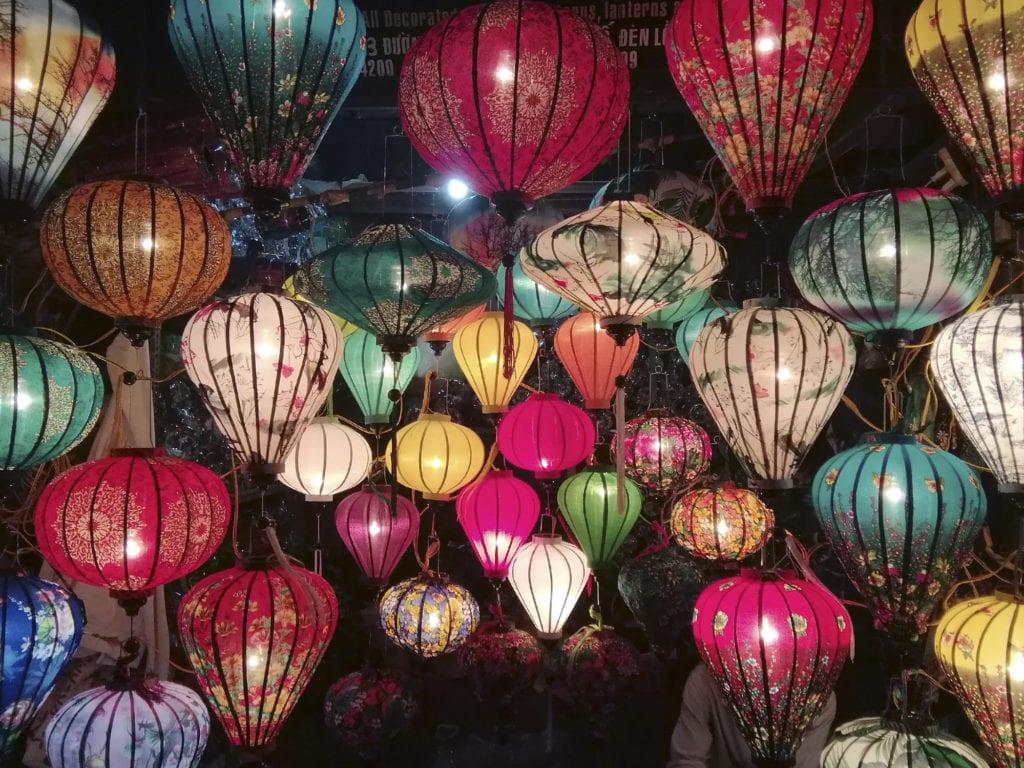 Hoi An jest miastem lampionów, Wietnam