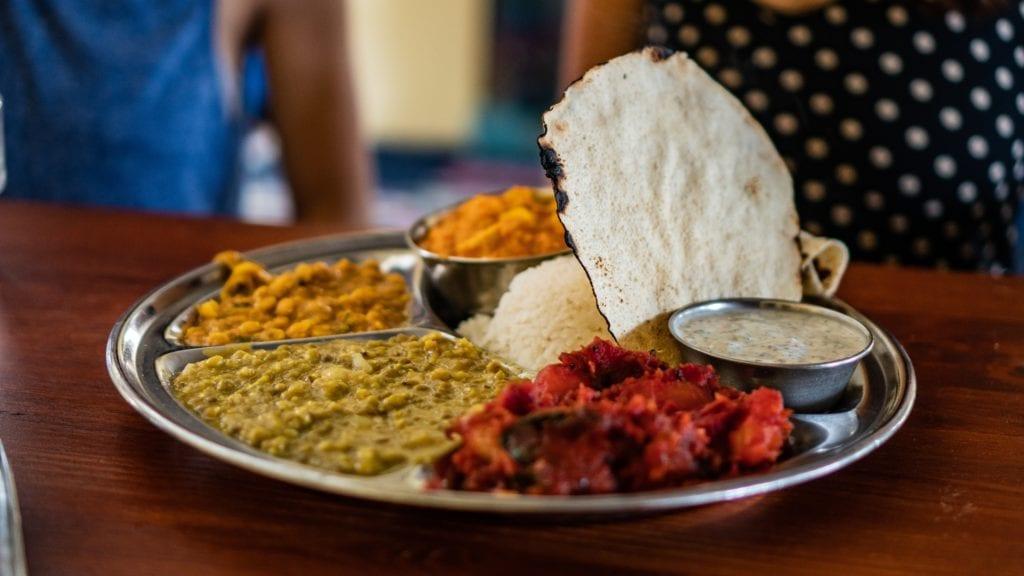 Indyjskie dania są aromatyczne i barwne,