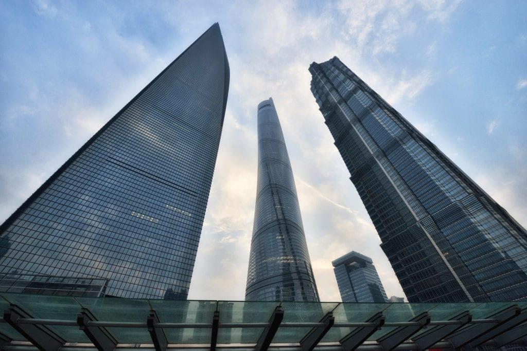 Najwyższe budynki w Szanghaju Shanghai Tower, Shanghai World Financial Center i Jin Mao Tower, Szanagaj