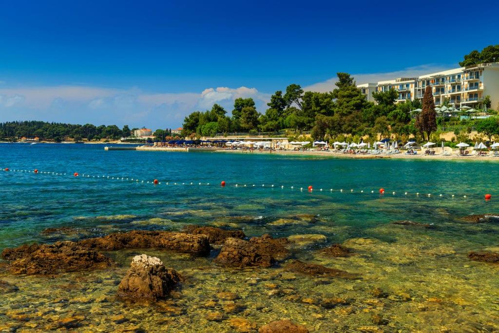 Plaża w Rovinj, Istria Chorwacja