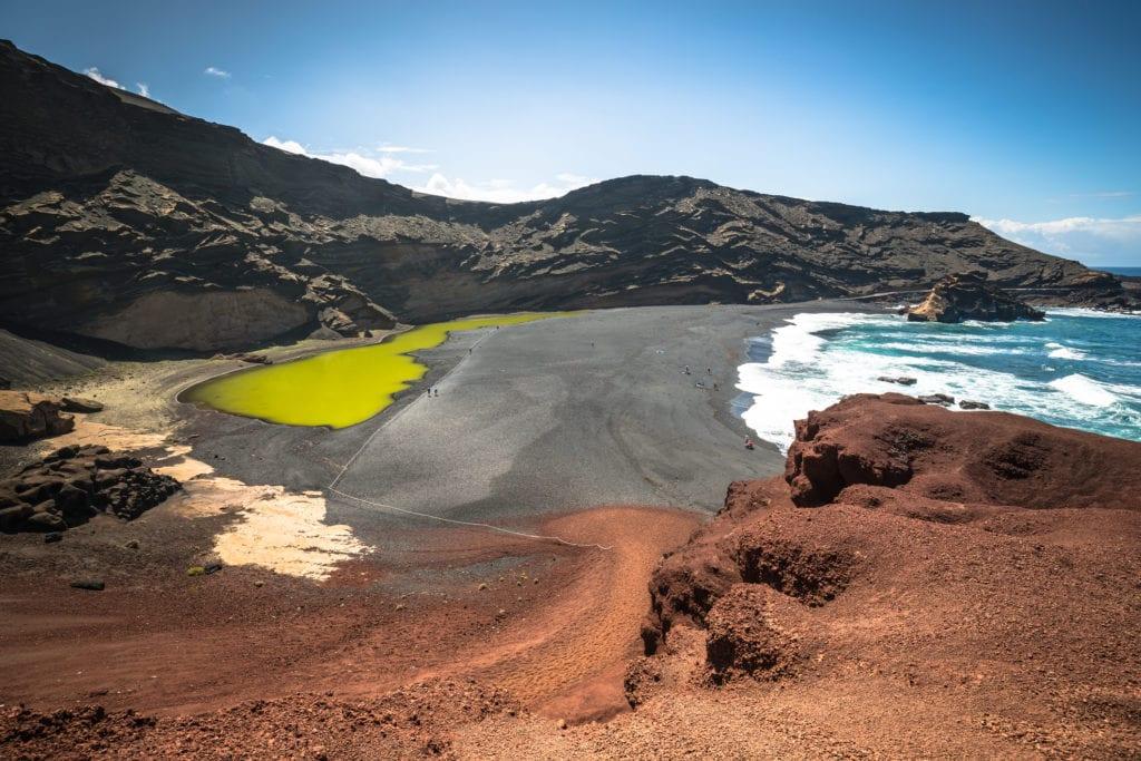 Zielona zatoka w El Golfo, Lanzarote,