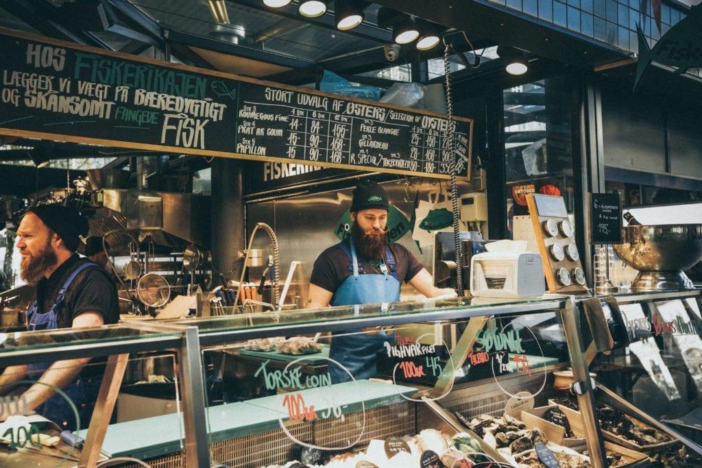 Kopenhaga to raj dla miłośników jedzenia i street foodu,