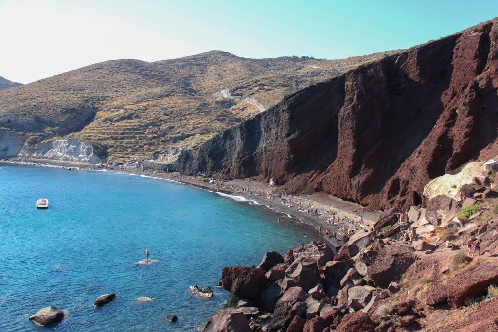 Czerwona plaża na Santorini, Grecja