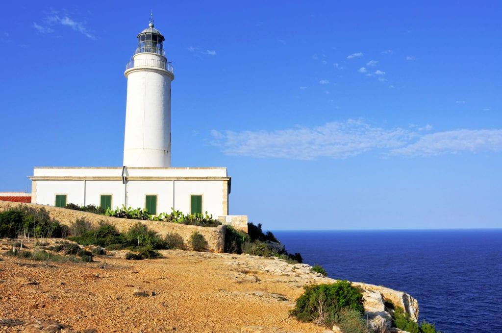 Latarnia na wyspie Formentera