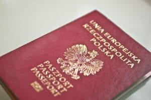 Jak wyrobić paszport? Cena za wyrobienie w 2019