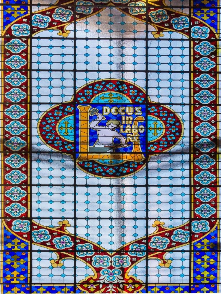 Witrażowy sufit w księgarni Lello & Irmao, Porto