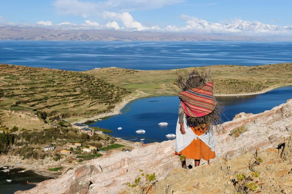 Isla del Sol leży na Jeziorze Titacaca, na bolowijskiej stronie