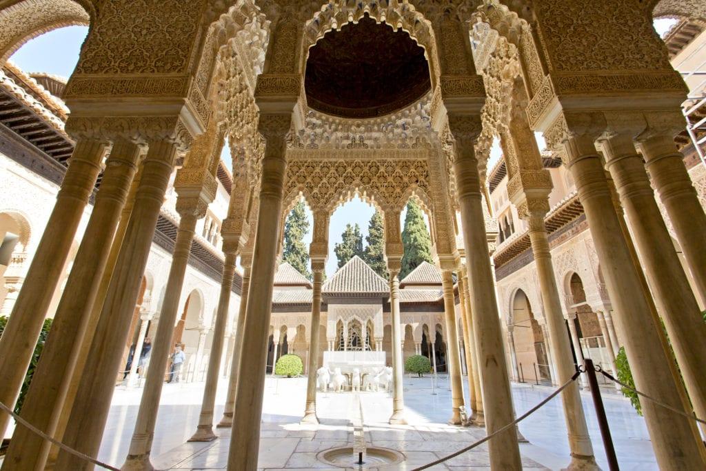 Pałac Nasrydów, Patio of the Lion, Granada Andaluzja