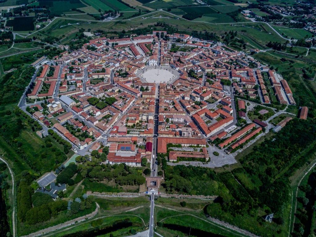 Palmanova z lotu ptaka, miasto idealne Włochy