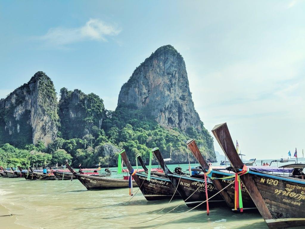 Plaża Ao Nang, Krabi, Tajlandia