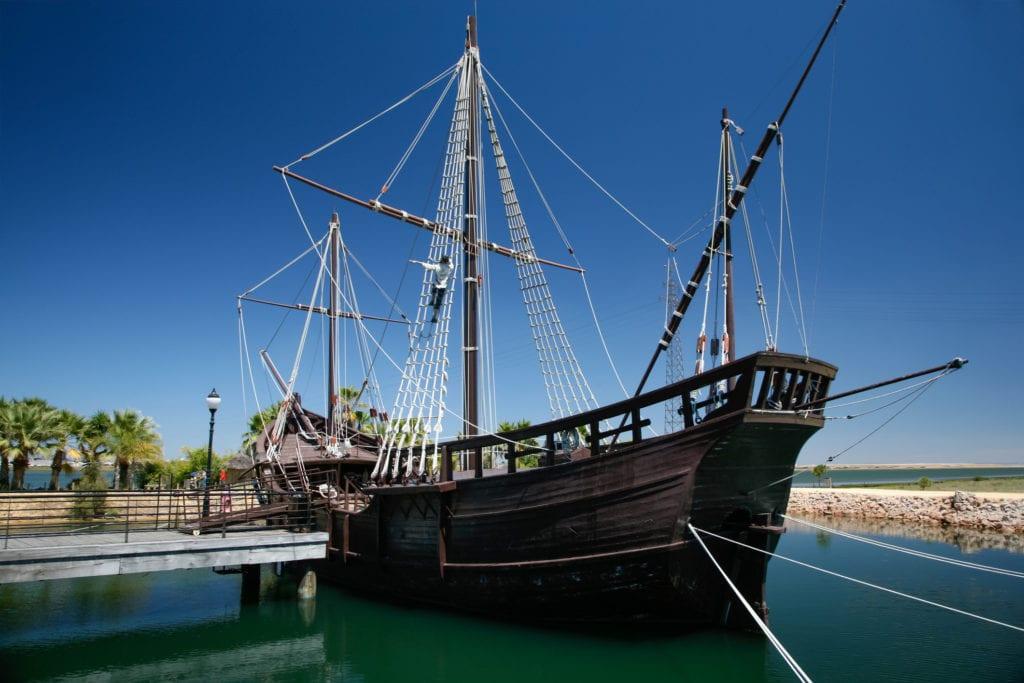 Replika ładzi Krzysztofa Kolumba w Palos de la Frontera, Huelva, Andaluzja