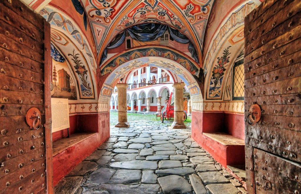 Wejście do Monastyru Rilskiego, Bułgaria