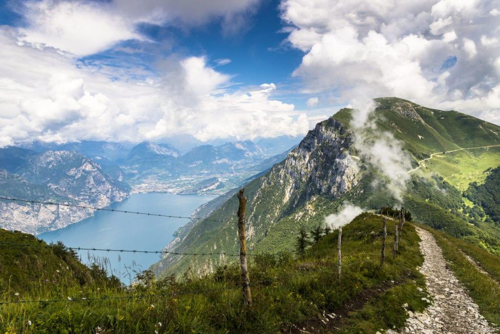Jezioro Garda z Monte Baldo, Włochy