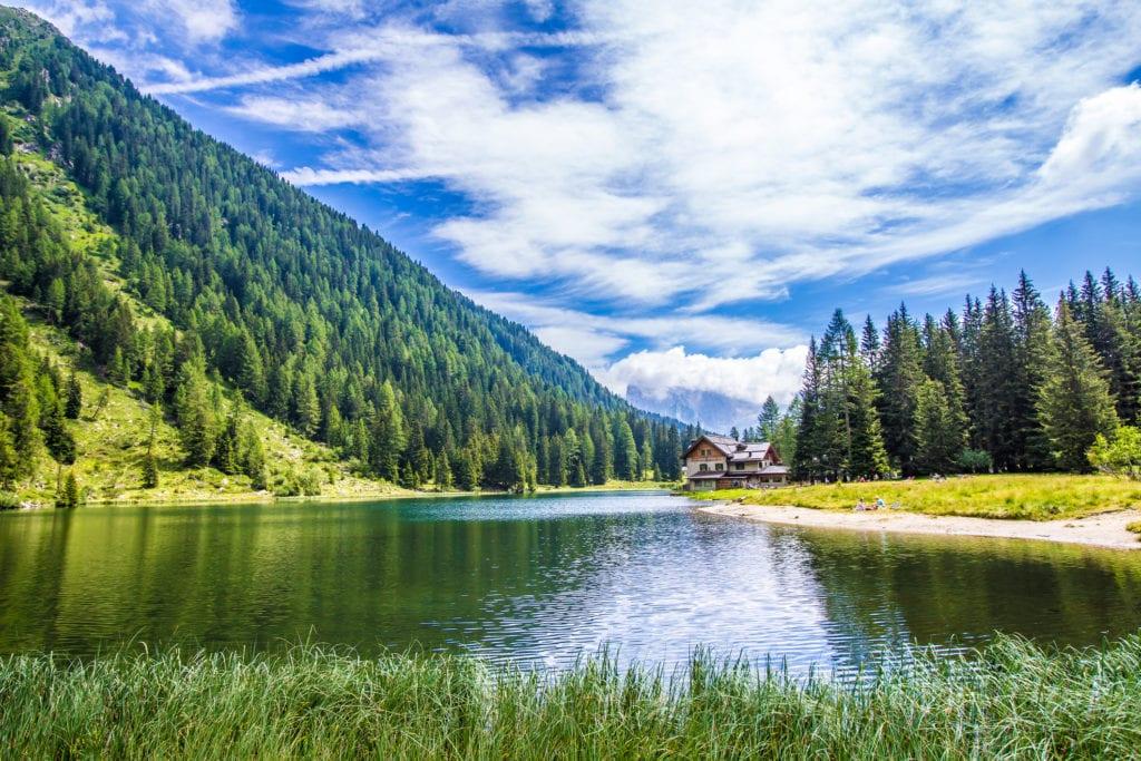 Jezioro Nambino Trentino Włochy