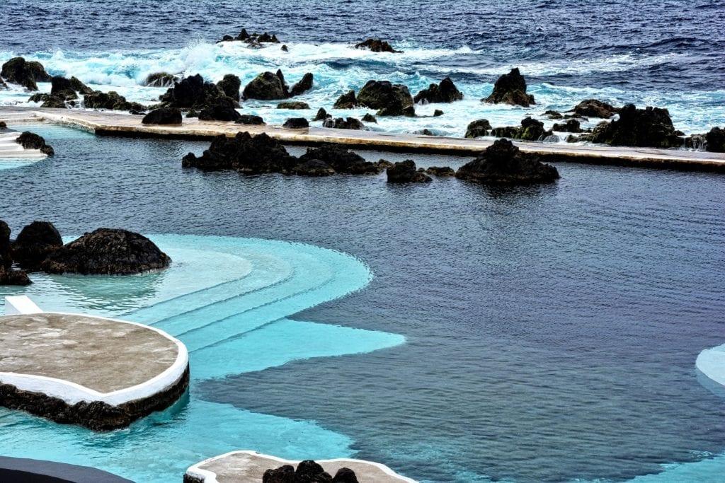 Naturalne baseny na Maderze,