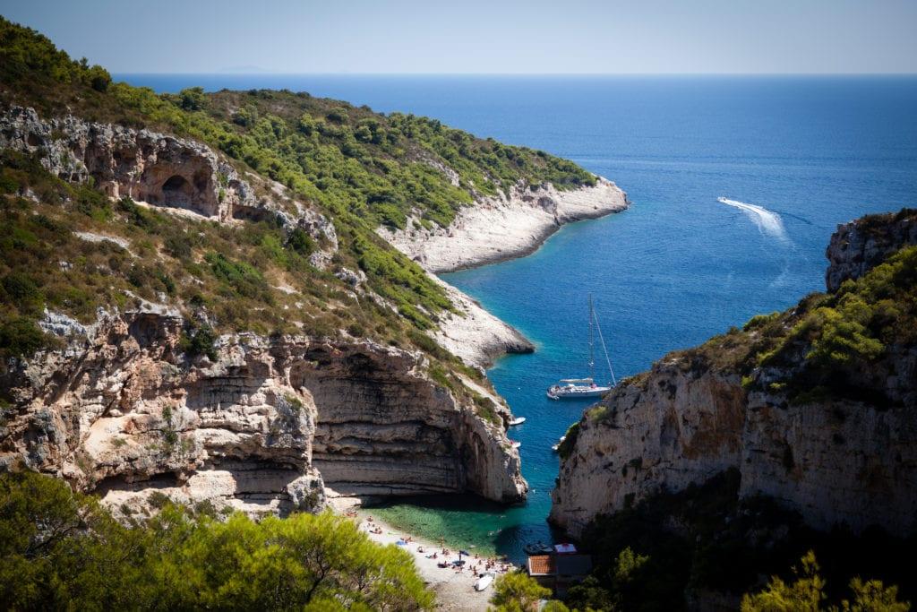 Plaża Stiniva, wyspa Vis, Chorwacja
