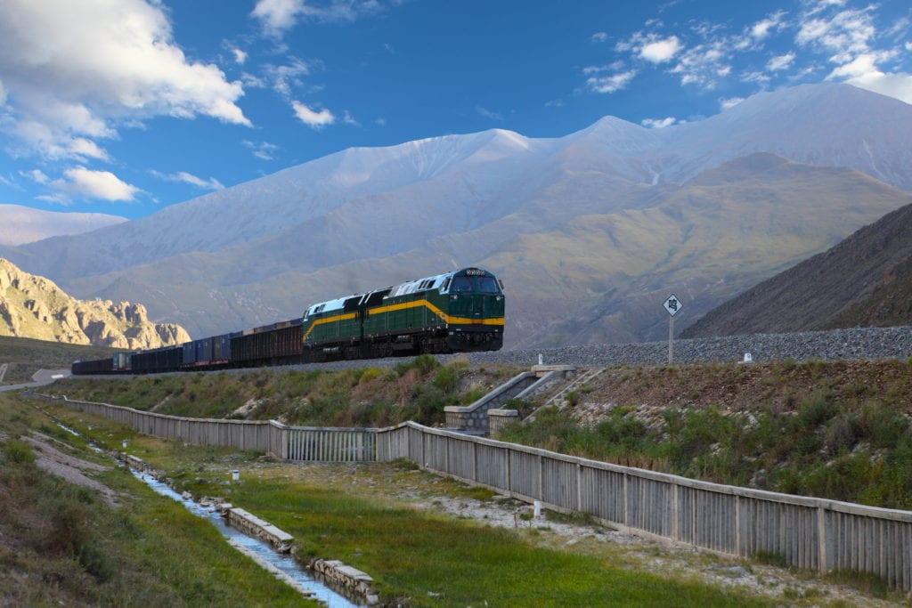 Pociąg na odcinku Qinghai - Lhasa, kolej transtybetańska