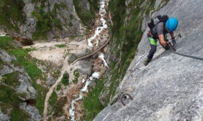 Region Dachstein jest popularny wśród miłośników wspinaczki, Austria