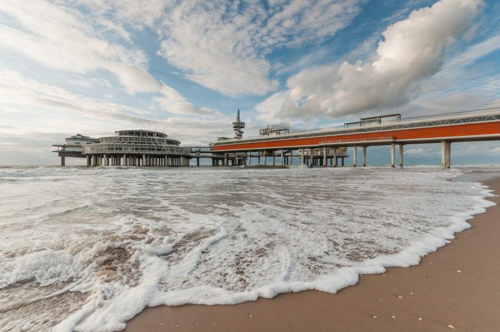 Scheveningen to dzielnica Hagi i popularny kurort plażowy, Holandia
