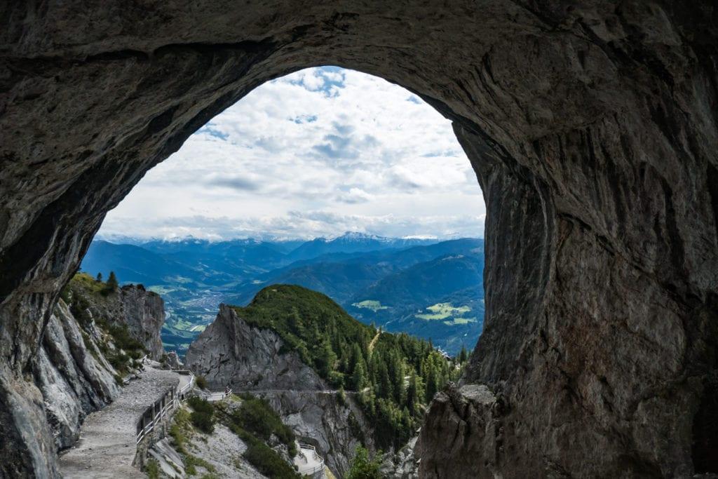 Wejście do jaskini Eisriesenwelt, Austria