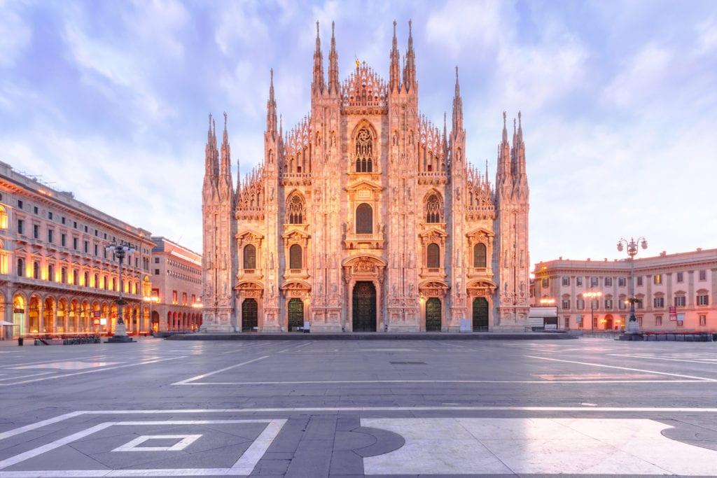 Świątynia Duomo na Piazza del Duomo, Mediolan