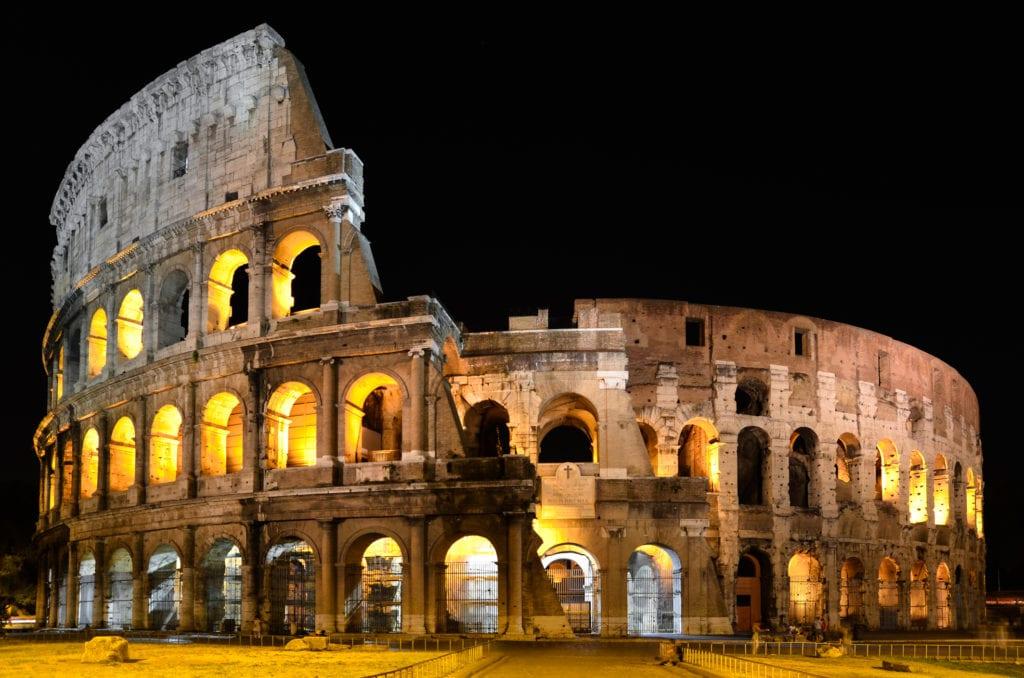 Koloseum nocą, Rzym