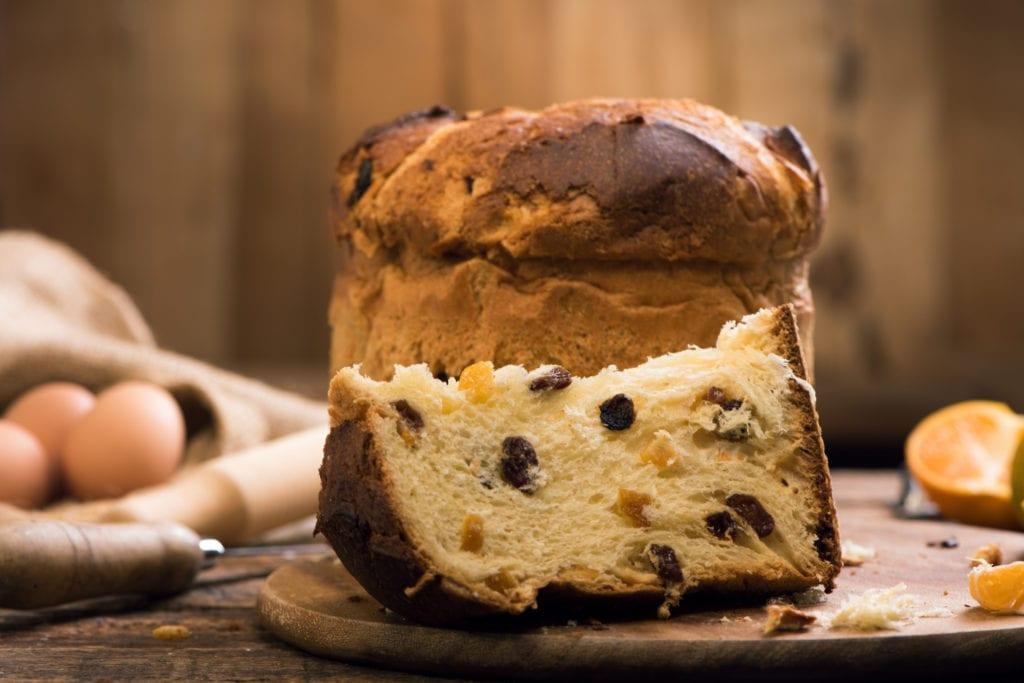 Panettone popularna jest zwłaszcza podczas świąt Bożego Narodzenia, Lombardia Włochy