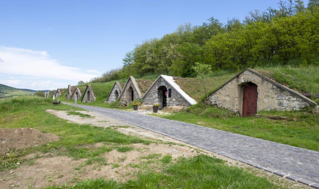 Piwnczki winne w Hercegkut, Węgry
