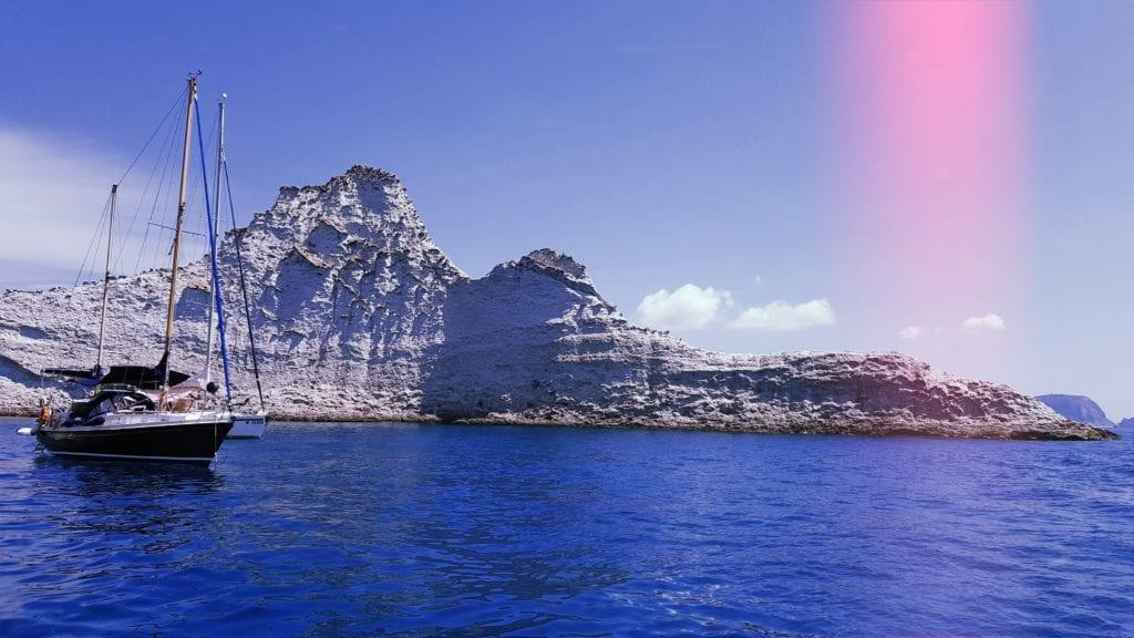 Wyspa Palmarola, włska wyspa