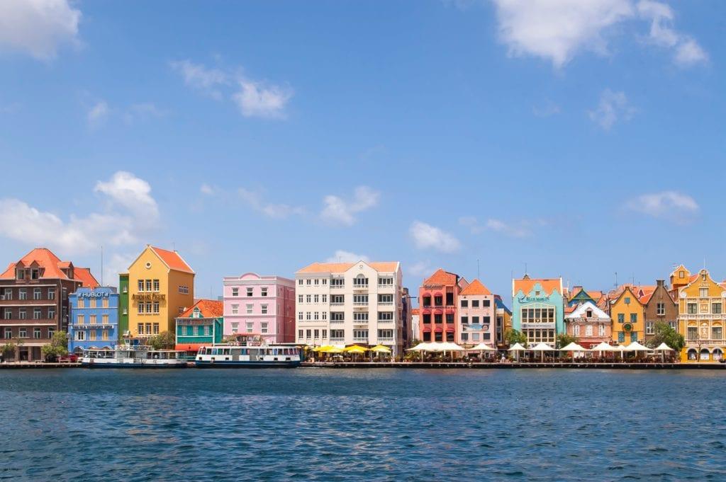 Holenderskie domy na wybrzeżu Willemstad, Curacao