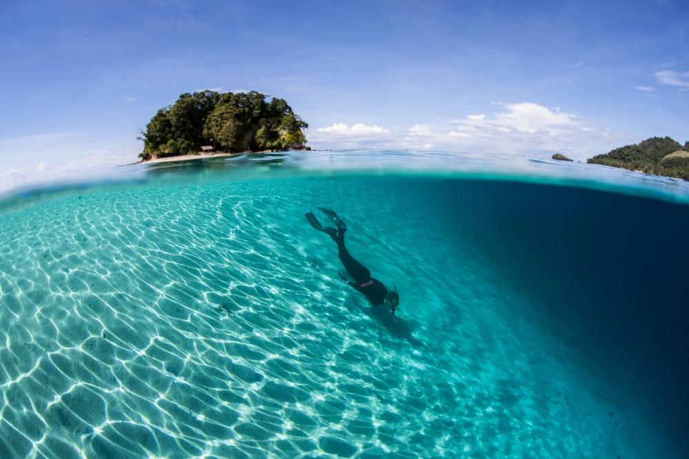 Na wyspach Salomona można nurkować