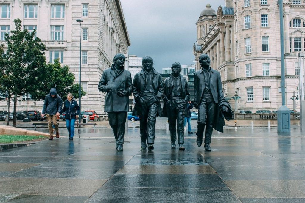 Pomnik The Beatles w Liverpoolu,