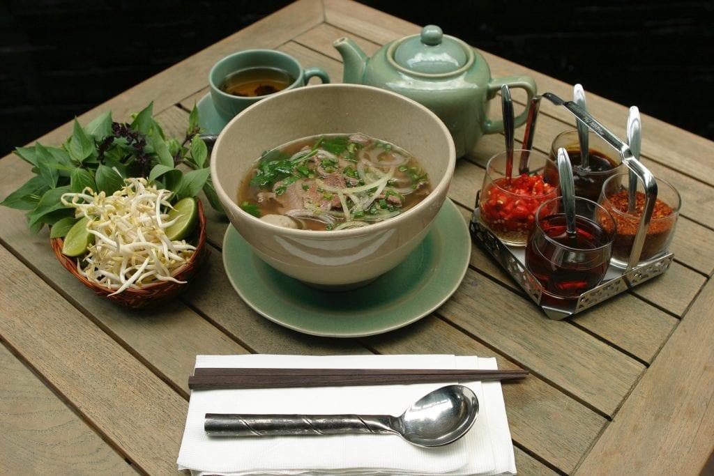 Zupa Pho,