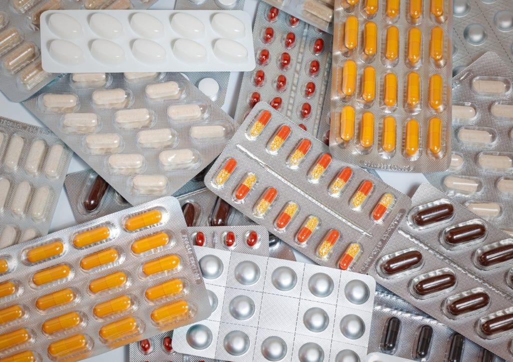 Można ze sobą taką ilość lekarstw, jaka jest nam niezbędna w czasie podróży,
