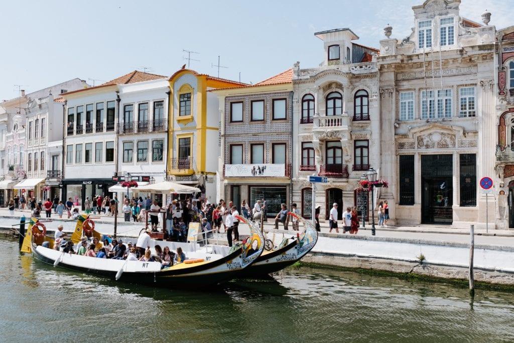 Łodzie moliceiros w Aveiro, Portugalia