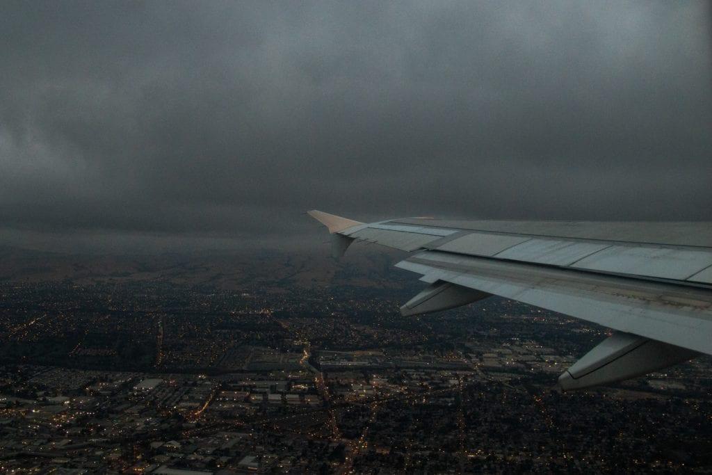 Zła pogoda, lądowanie,