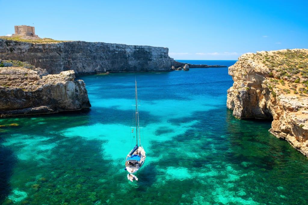 Malta, Crystal lagoon, Comino,