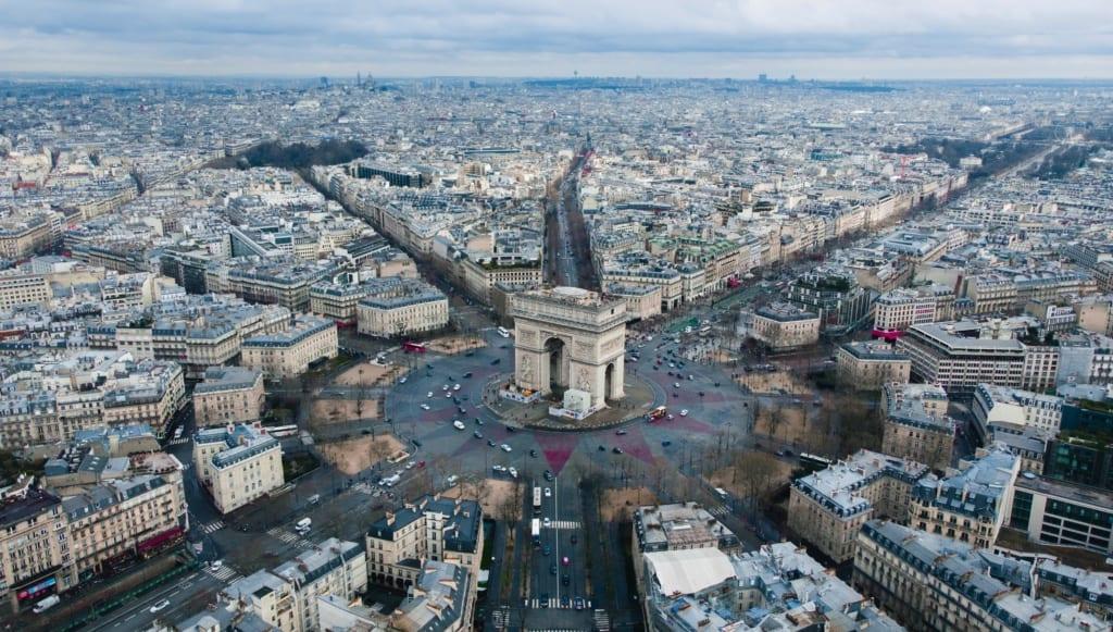 Łuk Triumfalny w Paryżu, Francja