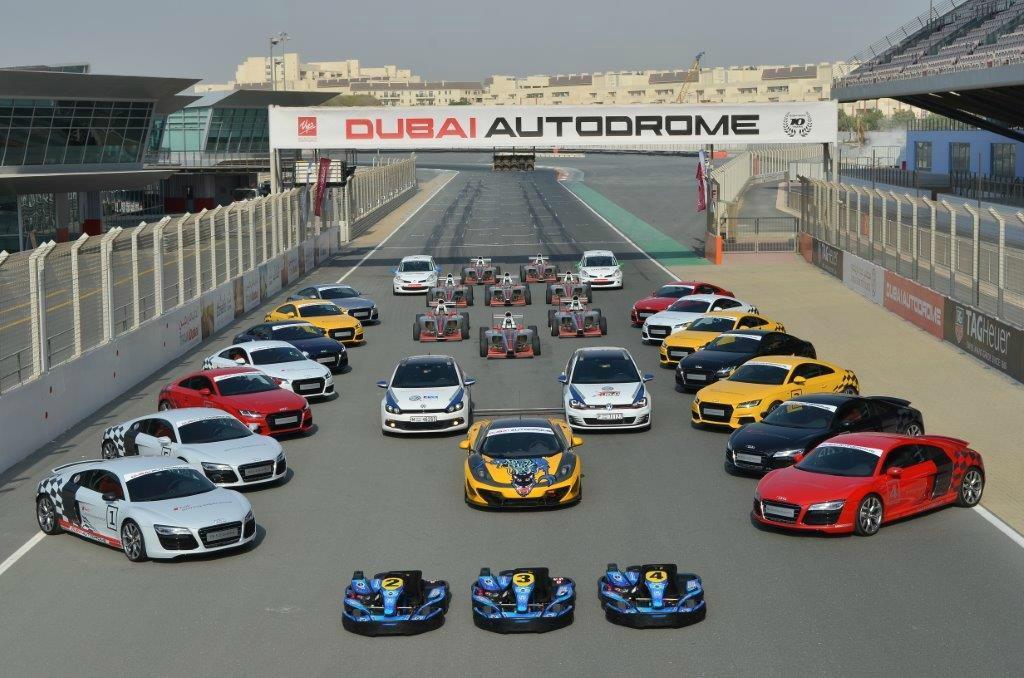 Autodrom w Dubaju, fot. Al Nahdi Travels & Tourism
