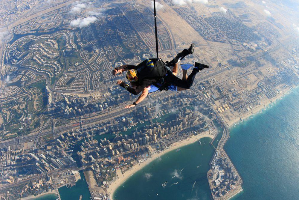 Sky dive w Dubaju, fot. shorex.koss Shutterstock
